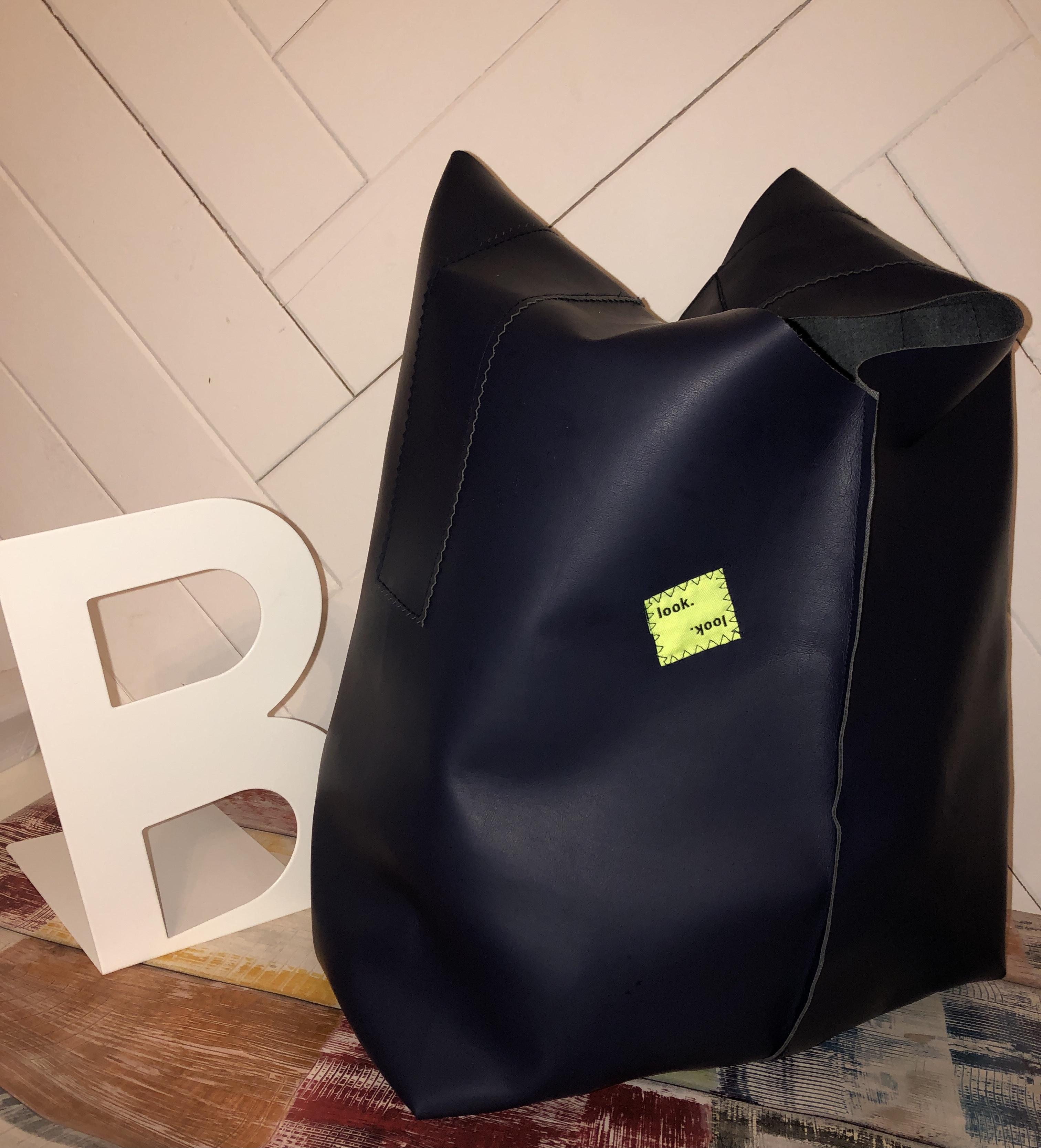 Crew Box Purely Bag Kunstleder Navy